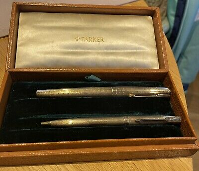 £990 • Buy Solid 9ct Gold Hallmarked  Cased Parker Fountain Pen And  Ballpoint Set.