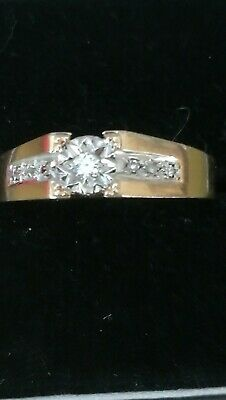 £75 • Buy 9ct Gold Diamond Ring With Diamond Shoulders Size S1/2. Main Stone Is .10ct