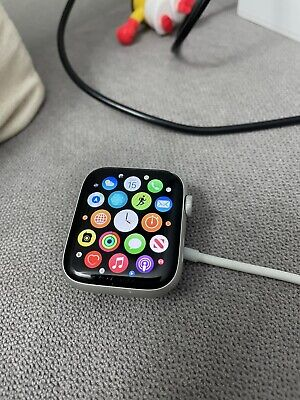 AU285 • Buy Apple Watch Series 4 44 Mm Silver Aluminum Case With White Sport Band (GPS +...