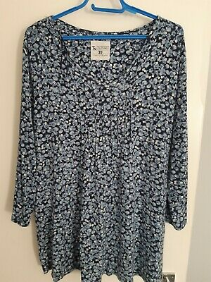 £2 • Buy Womens Blue Floral Longline Top Size 20 From TU . Excellent Condition