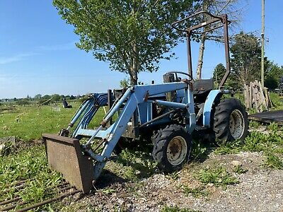 £800 • Buy Compact Tractor (Re-listed)