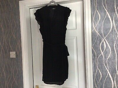 AU9.21 • Buy Gorgeous  Black Frillsleeved  Special Occasion Evening Dress 8 /10 S