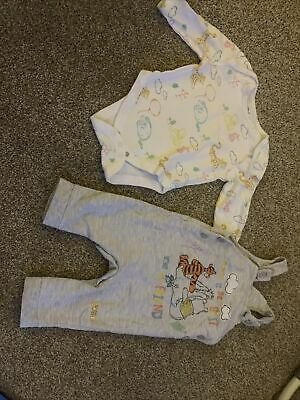 £0.99 • Buy Winnie The Pooh Dungaree 2 Piece Set, Good Condition 3-6 Months