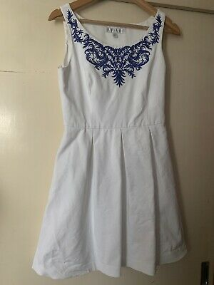 AU18 • Buy Forever New White Dress With Embroidered Detail Size 10
