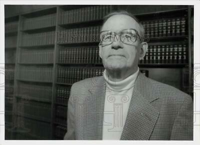 $ CDN21.25 • Buy 1995 Press Photo Barney Tansey, Clerk At New York State Court Of Appeals, Albany