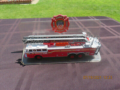 $9.99 • Buy Code 3 New York NY L.132 In The Eye Of The Storm FIre Dept Truck 1:64 Diecast