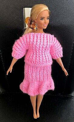 £2.25 • Buy Hand Knitted Skirt & Matching Top    - To Fit Curvy Barbie Size Doll (#526)