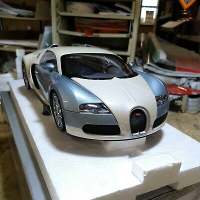 £200 • Buy Minichamps Bugatti Veyron 1/18 Top Gear Car Of The Decade Limited Edition