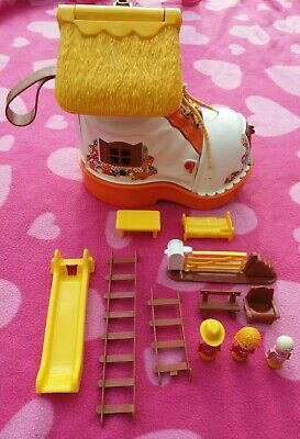 £38.50 • Buy MATCHBOX PLAY SHOE 1977 LIVE N LEARN Boot House And Toy Figures 70's VINTAGE