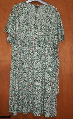 AU11.21 • Buy Maternity Dress By New Look Size 16