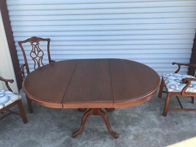 $350 • Buy Antique Mahogany Pedestal Dining Room Table With Leaf & 4 Captain Chairs