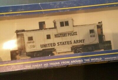 $34.95 • Buy HO TRAIN Scale AHM MILITARY POLICE UNITED STATES ARMY CABOOSE 4416