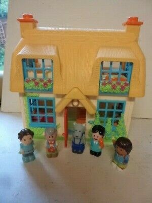 £12.99 • Buy ELC Happyland Plastic Toy Dolls House With Sounds & 5 Happyland Figures
