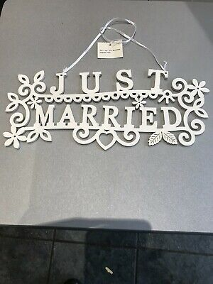 £3.94 • Buy Large Just Married Wedding Sign Hanger Plaque White Wooden 30 X 12cm