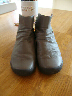 £25 • Buy Clarks TRIGENIC Grey Leather & Felt TRI PEARL Pull On Ankle Boots Size 6.5 D