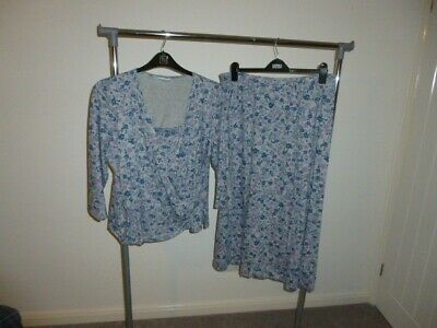 £5 • Buy Cotswold Collection 18 Matching Skirt And Top