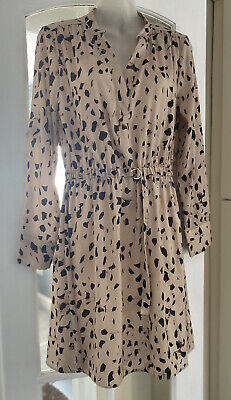 £6 • Buy Gorgeous H&M Silky Leopard Print Long Sleeve Belted Dress Size 12 BNWT 🐆