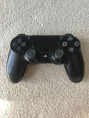 £5 • Buy Ps4 Controller (slight Faults)