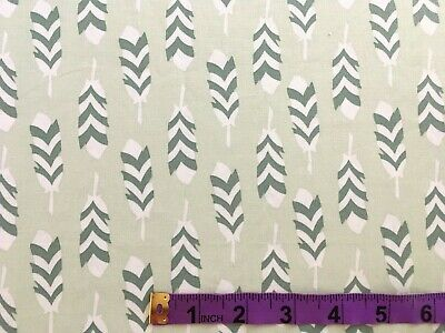 £1.65 • Buy 'Feathers On Pale Green' Robert Kaufman Patchwork/craft Cotton 44  X 18.75