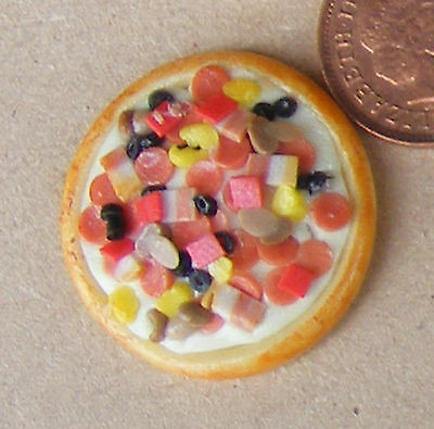 1:12 Scale One Large Pizza Tumdee Dolls House Miniature Food Kitchen Accessory • 2.50£