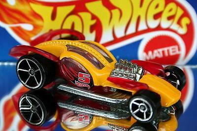 2011 Hot Wheels Multi Pack Exclusive I Candy Yellow/red • 2.28£