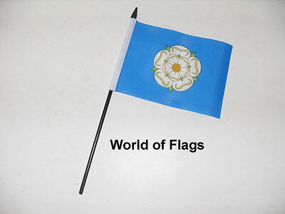 YORKSHIRE SMALL HAND WAVING FLAG 6  X 4  White Rose County Crafts Table Display  • 2.99£