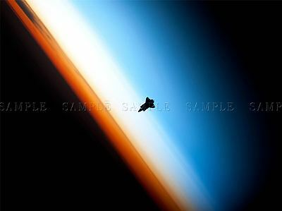 Space Shuttle Endeavour Silhouette Reentry Orbit Large Poster Art Print Bb3263a • 13.50£