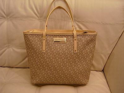 £86.52 • Buy New Wt Large Dkny Chino-gold Tan Tote Bag Purse Gold Hardware Coated Logo