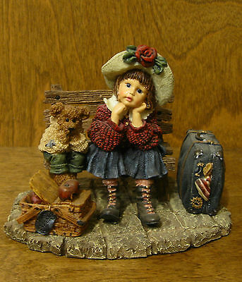 $35 • Buy Boyds Dollstone #3533 Shannon And Wilson...Wait'n For Grandma, From Retail Store