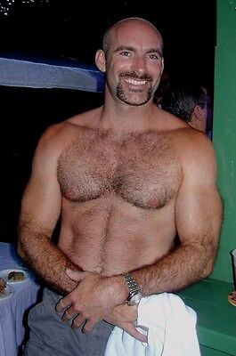 $ CDN4.83 • Buy Shirtless Male Muscular Mature Hunk Beefy Dude Hairy Chest Arms PHOTO 4X6 D1192