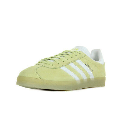 bbcf1ae2948c Chaussures Baskets Adidas Femme Gazelle Taille Jaune Cuir Lacets • 38.50€
