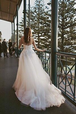 AU590 • Buy Veromia Sweetheart Ball Gown A -lines Beaded Tulle Wedding Dress