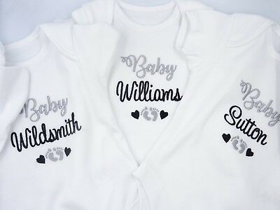 £10.95 • Buy Personalised Embroidered UNISEX BABY SURNAME/NAME Footprints Hearts Clothing Bib