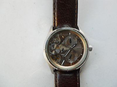 $89.99 • Buy Fossil Twist Men's Brown Leather Band Quartz & Battery Used Watch.me-1020