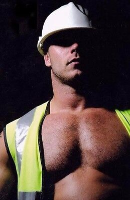 $ CDN3.97 • Buy Shirtless Male Muscular Beefcake Hairy Chest Construction Worker  PHOTO 4X6 C846