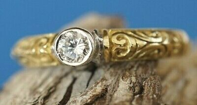 18ct Yellow Gold Diamond Solitaire Ring • 150£