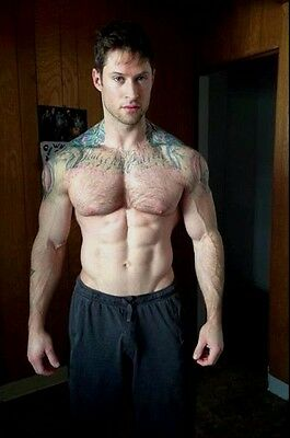 $ CDN3.88 • Buy Shirtless Male Beefcake Muscular Dude Pumped Hairy Chest Tats Ink PHOTO 4X6 C948