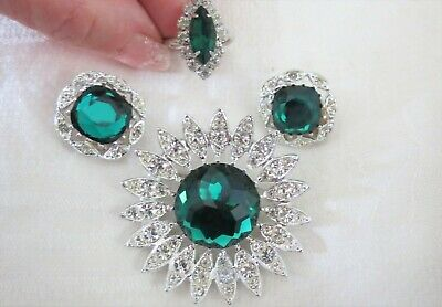 Vintage Sarah Coventry Signed Pin Earrings Ring Set Rhinestones Emerald Green  • 5$