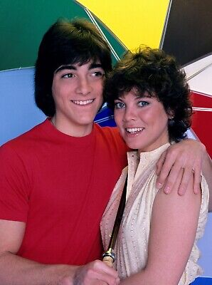$10.29 • Buy Happy Days - Tv Show Photo #61 - Erin Moran + Scott Baio - Joanie And Chachi
