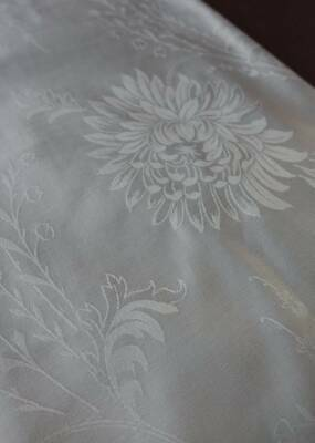 Huge 12ft Vintage UNUSED Snow White French Damask Tablecloth - Chrysanth & Lily • 40£