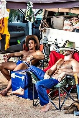 $ CDN4.65 • Buy Shirtless Muscular Male Beefcake Hairy Chest Bare Foot Physique PHOTO 4X6 F1439