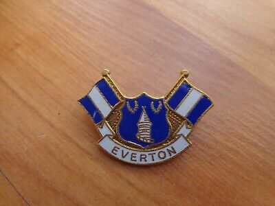 Classic Everton Fc Crest + 2 Flags Football Enamel Pin Badge • 8.99£