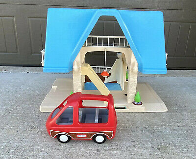 $99.99 • Buy Vintage Little Tikes Doll House Blue Roof Family Bathroom Deck 2 Story W/Red Van