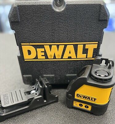 $150 • Buy Dewalt DW088 Self Leveling Red Cross Line Laser Level W Case & Bracket - GOOD