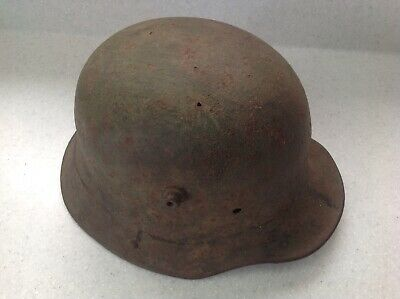 Original WW1 German M16 Steel Helmet • 82£