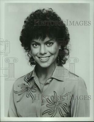 $17.88 • Buy Press Photo Erin Moran - Syp09516