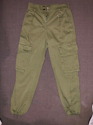 AU8.50 • Buy Stylish Relaxed Fit Cargo Pants. Bershka - Bought From ASOS. Size 8.