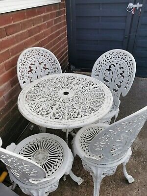 Cast Aluminium Table And 4 Chairs Vintage Very Pretty  • 250£