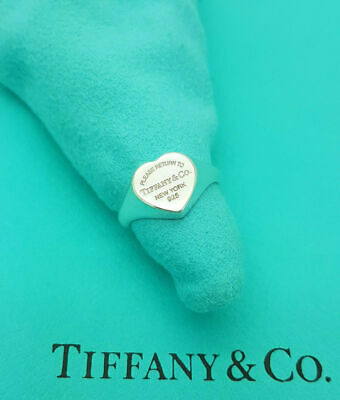 Return To Tiffany & Co. Heart Silver Ring Size O UK, 7.25US Or 55 EU..  • 267.99£