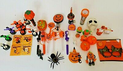 $ CDN99.08 • Buy Vintage Halloween Decoration And Novelties Lot (42)
